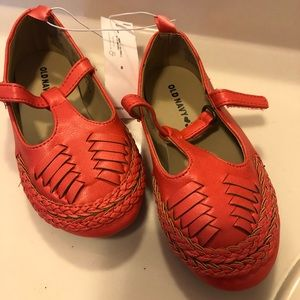 Old navy huaraches size 8